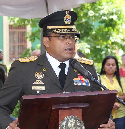 acto de imposición de Rangos a Oficiales y Tropas Profesionales
