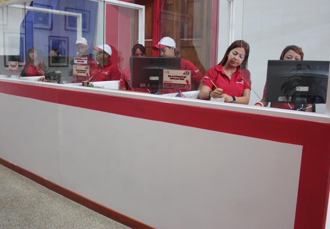 Inaugurada oficina de atenci n al ciudadano juan carlos for Oficina de atencion al ciudadano