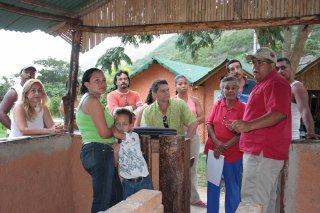 consejo_comunal_pies_del_cerro-2009.jpg