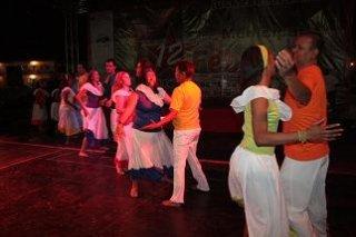 danzas_palacio_c_e_1.jpg