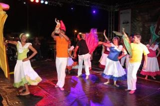 danzas_palacio_c_e.jpg