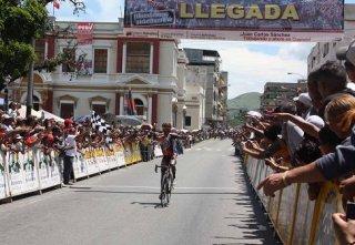 vuelta_ciclistica_2011.jpg