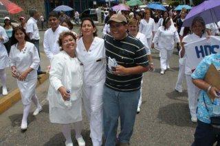 desfile_salud_barrio_adentro.jpg
